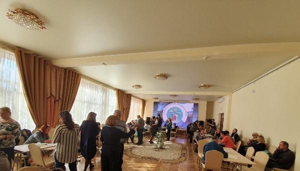В Магадане открыл двери для общения партпроект «Школа грамотного потребителя»