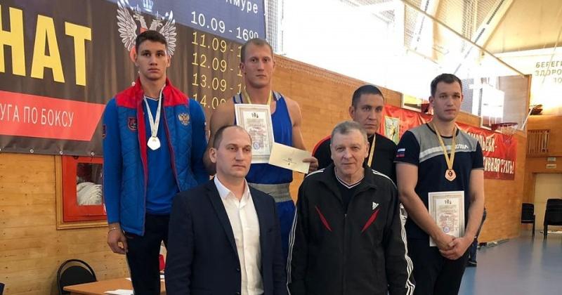 Сотрудник магаданской Росгвардии завоевал золотую медаль Чемпионата ДФО по боксу