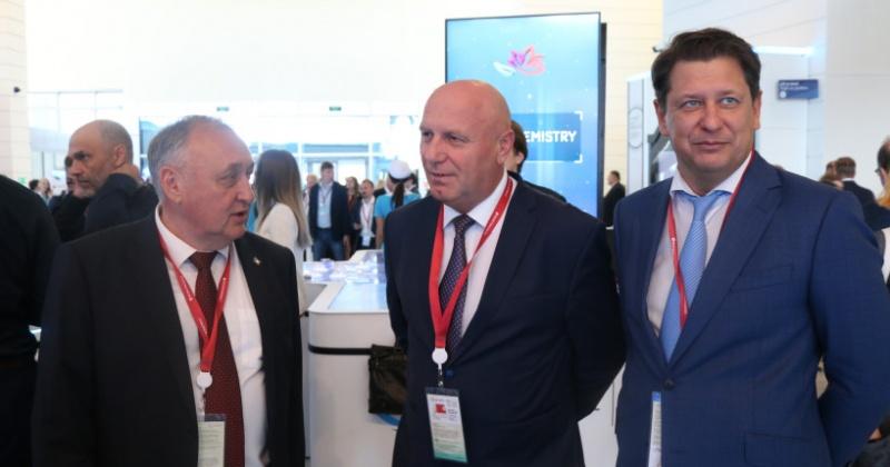 Александр Басанский пригласил бизнесменов работать на Колыму