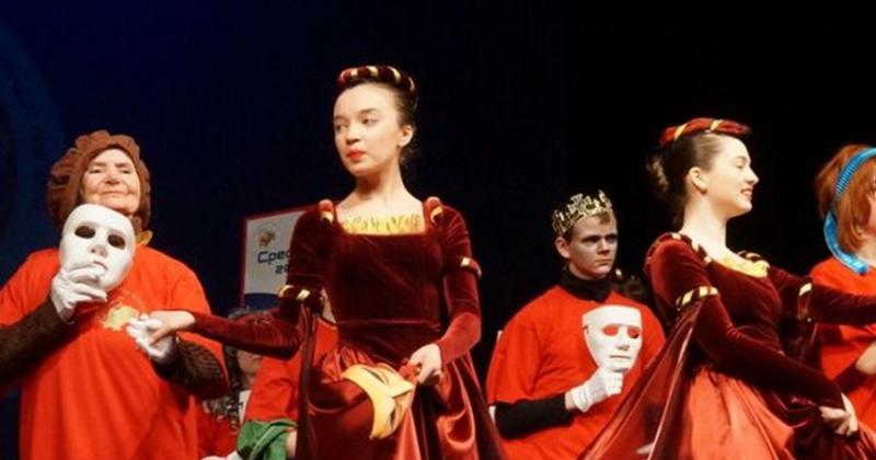 Заключительный концерт фестиваля «Открытый занавес» пройдет 27 октября на сцене Магаданского областного театра кукол