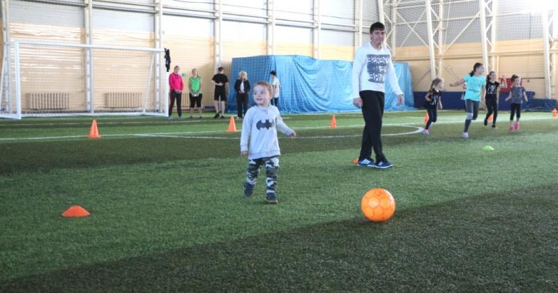 Торжественное открытие городских состязаний «Спортивная семья» состоится 6 октября в футбольном комплексе «Колымский»