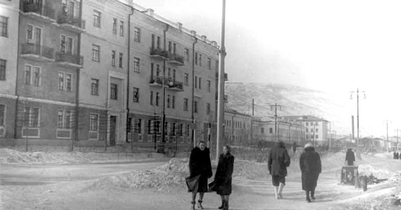 Город Магадан - центр новой области на Дальнем Востоке в 1954 году.
