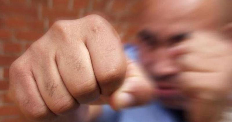 41-летний гражданин избил в комнате общежития жителя Магадана