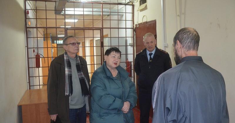 Условия содержания задержанных в спецприемнике  Магадана проверили общественники