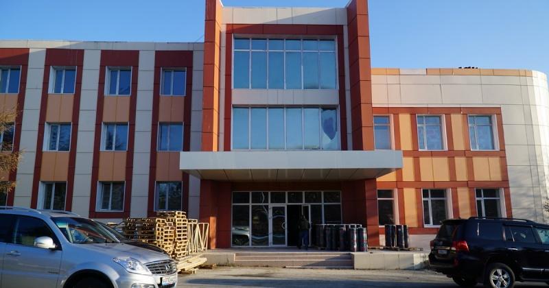 Губернатор Колымы посетил строительные площадки социально важных объектов Магаданской области (Большой фоторепортаж)