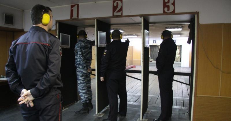Самые меткие сотрудники УМВД служат в криминальной полиции Магадана