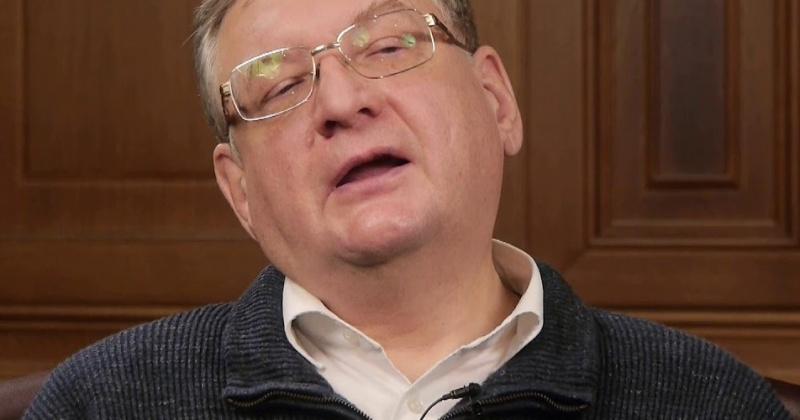 Алексей Зубец: Поддержание социальной инфраструктуры где-нибудь в Магадане и во Владимирской области — это две совершенно разные суммы