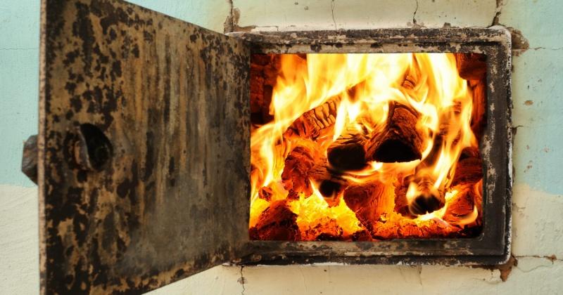 Неправильная эксплуатации печного отопления - основная причина пожаров в частном секторе Магадана