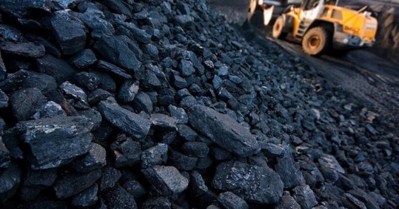 По состоянию на сегодняшний день в области на твердые полезные ископаемые действует 592 лицензий