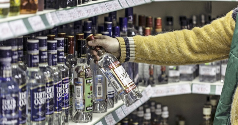 В Госдуме поддержали запрет продажи алкоголя в новогодние праздники