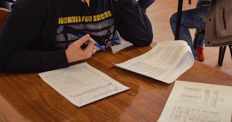 Итоговое сочинение напишут более 800 выпускников Магаданской области