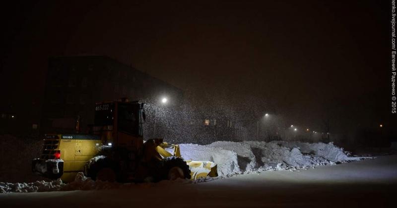 Сегодня ночью от снега в Магадане очистят улицы Пушкина, Дзержинского, Гагарина и проспект Ленина