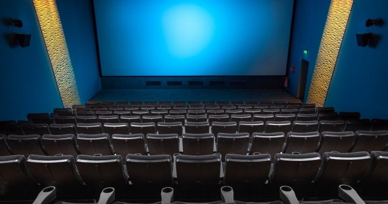 В Усть-Омчуге и Сусумане откроют модернизированные кинозалы