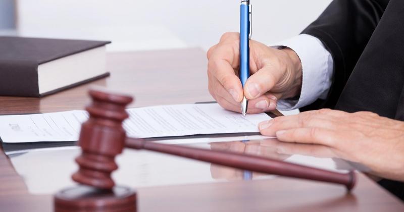 К 10 годам лишения свободы приговорил суд жителя Магадана за убийство сожительницы