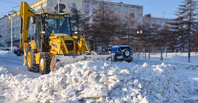 Пролетарская, Берзина, Якутская, Билибина ограничены сегодня для движения в Магадане в связи с расчисткой снега