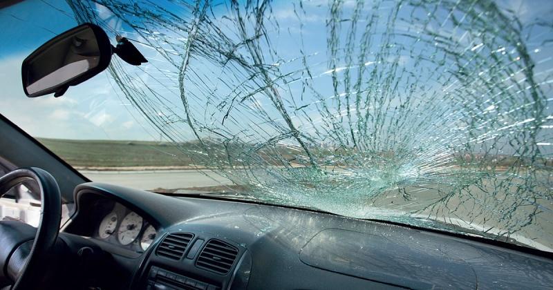 В результате дорожно-транспортного происшествия в Магадане женщина-водитель получила телесные повреждения
