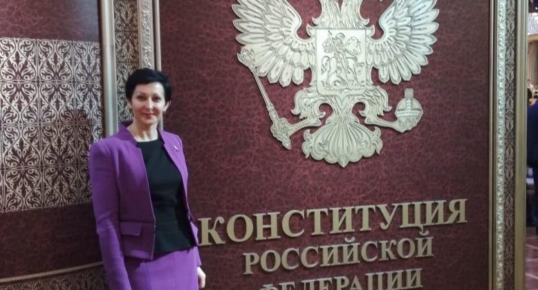 Оксана Бондарь: Этот праздник символизирует современную Россию – свободную, великую страну