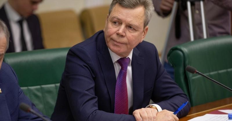 Сергей Абрамов предложил снизить плату для большегрузов за пользование дорогами и упростить правила отработки техногенных россыпей