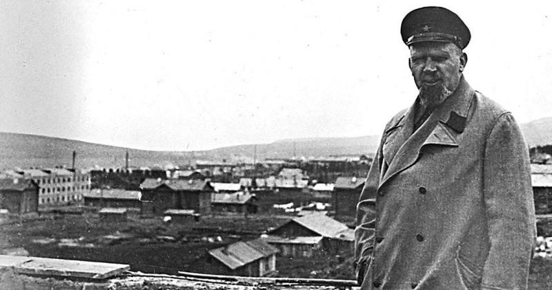 Директор Дальстроя Э. П. Берзин был арестован на железнодорожной станции г. Александрова 82 года назад