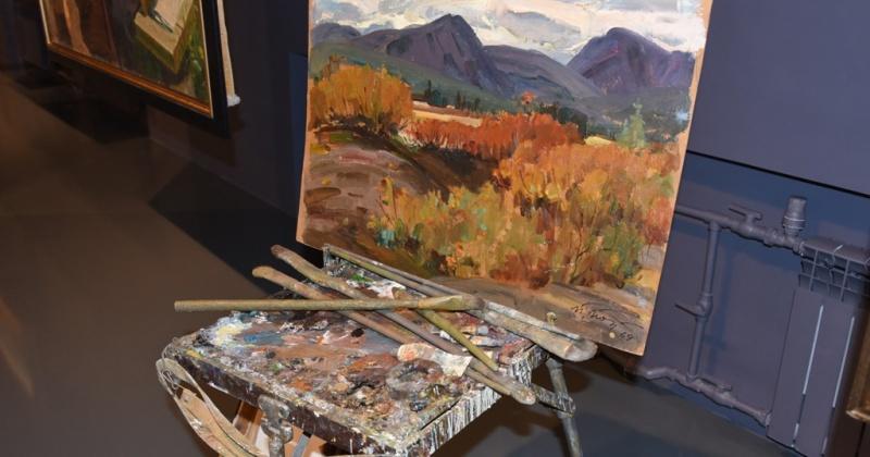 В областном краеведческом музее Магадана состоялось открытие новой художественной выставки «Пётр Попов. Живопись»