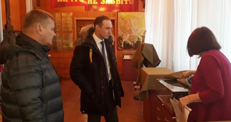Депутаты Магадана окажут содействие магаданской Галерее Боевой Славы в ремонте нового зала