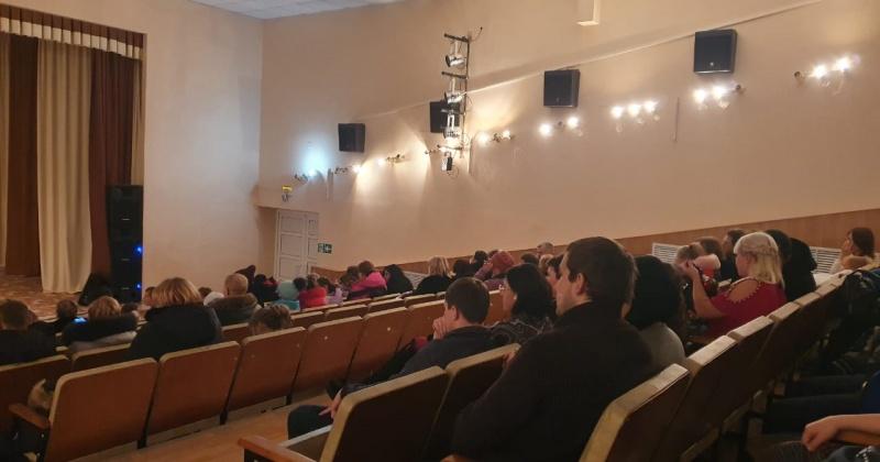 В Усть-Омчуге и в Сусумане открыли модернизированные в рамках нацпроекта «Культура» кинозалы