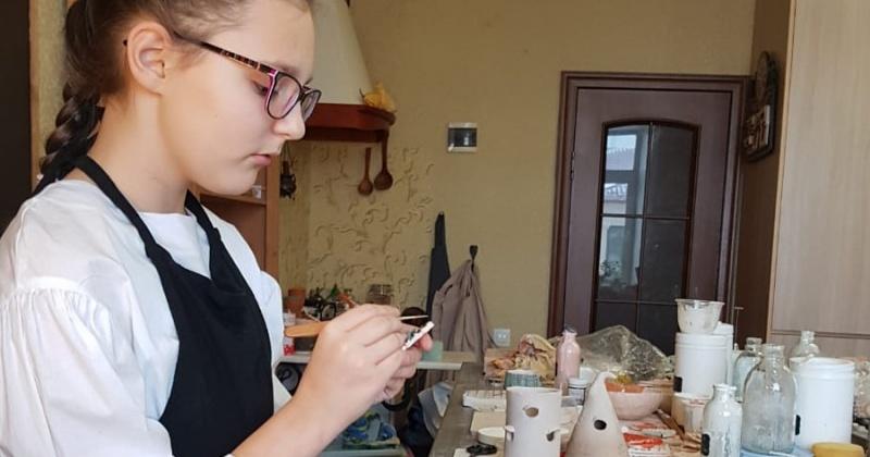 Мастер-классы по лепке из глины проводят в Магадане для взрослых