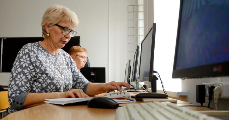 Курсы компьютерной грамотности для пожилых людей стартуют в Магадане