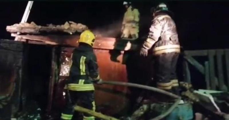 Десять свиней погибло при пожаре в Магадане