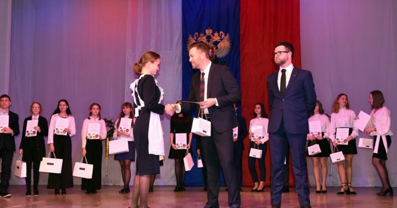 Победителями и призерами городского этапа Всероссийской олимпиады в Магадане стали 534 школьника