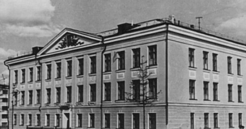 Средняя школа № 7 появилась в Магадане 67 лет назад