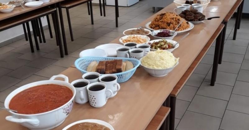 Блюдами из старых субпродуктов кормили детей в детском саду