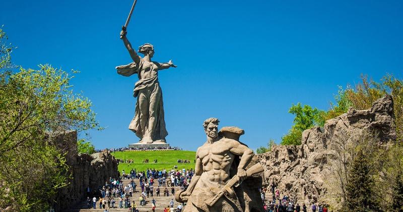 Для колымских детей организуют в честь 75-летия Великой Победу профильную смену в летний лагерь Волгограда