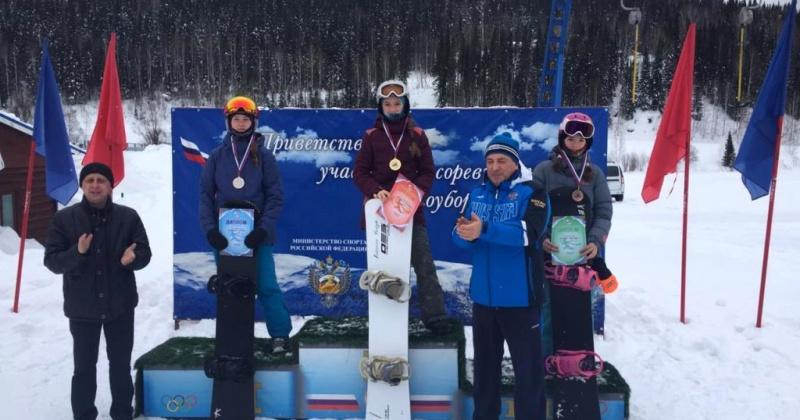 Два золота, два серебра и бронза – в копилке магаданских сноубордистов