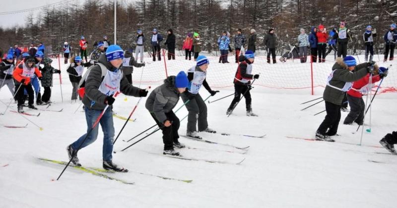 «Лыжня России», развлекательные программы, спектакли и спортивные соревнования в Магадане