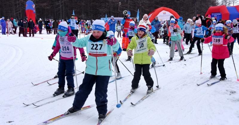 Более полутысячи жителей Магадана приняло участие во Всероссийской массовой гонке «Лыжня России»