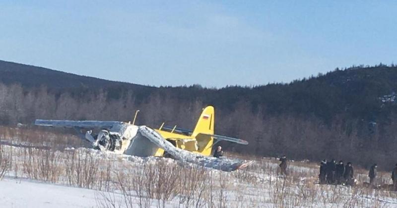 В аэропорту на 13 км в Магадане упал самолет АН-2