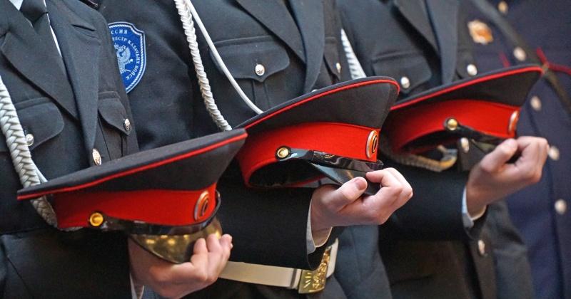 Добровольная казачья дружина совместно с полицейскими Магадана участвует в охране общественного порядка