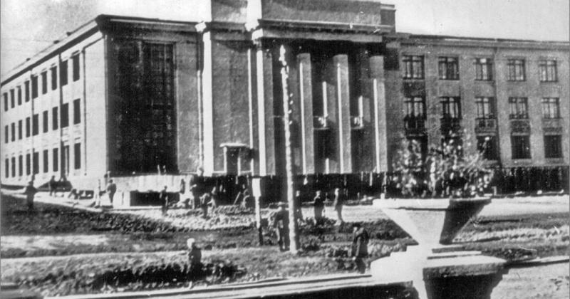 Театр им.Горького начали строить в Магадане 80 лет назад