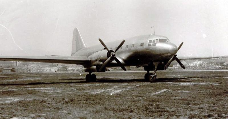 Регулярное воздушное сообщение Москва-Магадан  на самолёте Ил-12  открылось 66 лет назад