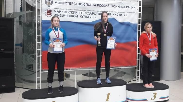 «Летающие лыжники» Магадана завоевали «золото» и два «серебра» на 8-м этапе Кубка России