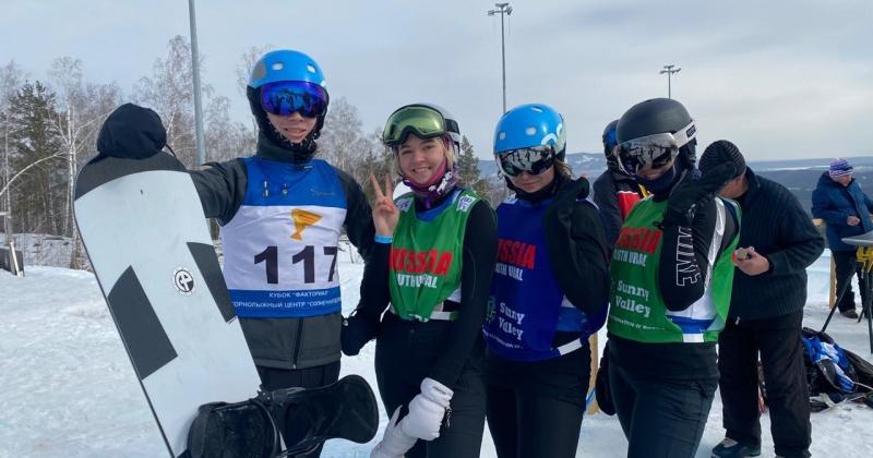 Сноубордистки из Магадана – победители и призеры Кубка России