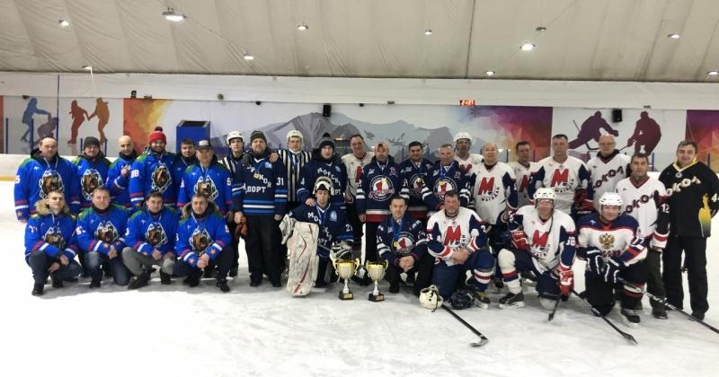 Команды «Морпорт» и «Строитель» представят Магадан на Всероссийском фестивале по хоккею среди любительских команд в Сочи