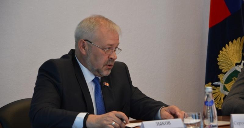 Андрей Зыков: Принятие поправок в Конституцию – значимое событие для страны