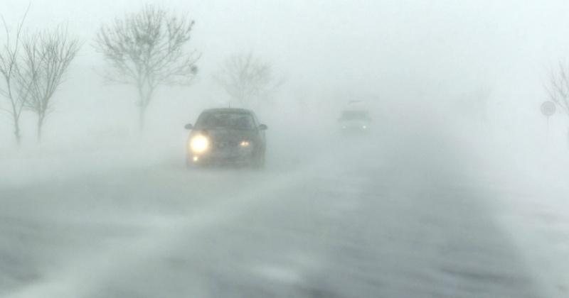 Снег, ветер, метель сохраняется местами в Ольском и на побережье Северо-эвенского районов