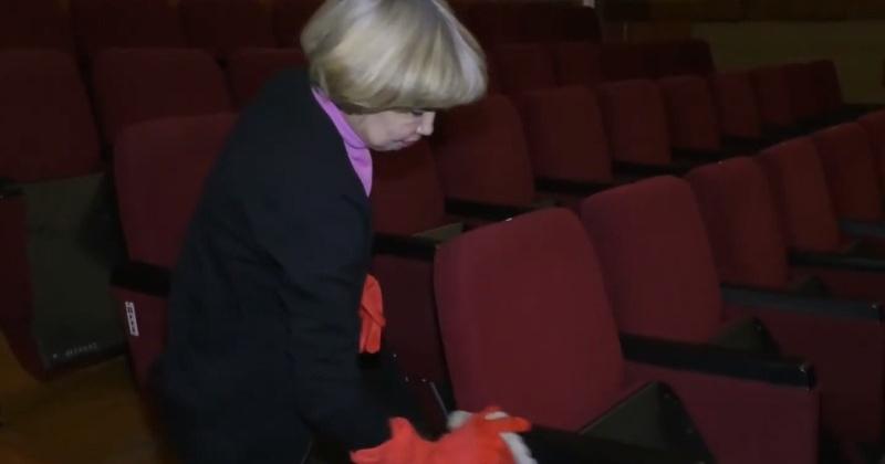 В кинотеатре «Горняк» в Магадане начали проводить усиленную дезинфекцию