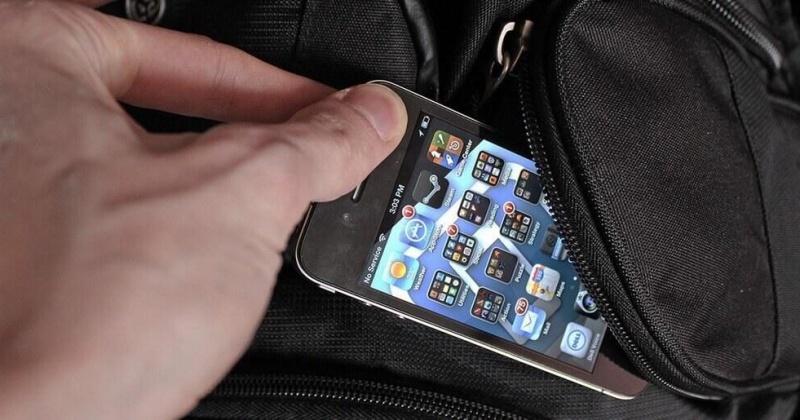 За кражу мобильного телефона житель Магадана может сеть на пять лет