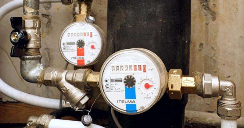 Чиновники установят приборы учета горячего и холодного водоснабжения для многодетной семьи в колымском поселке