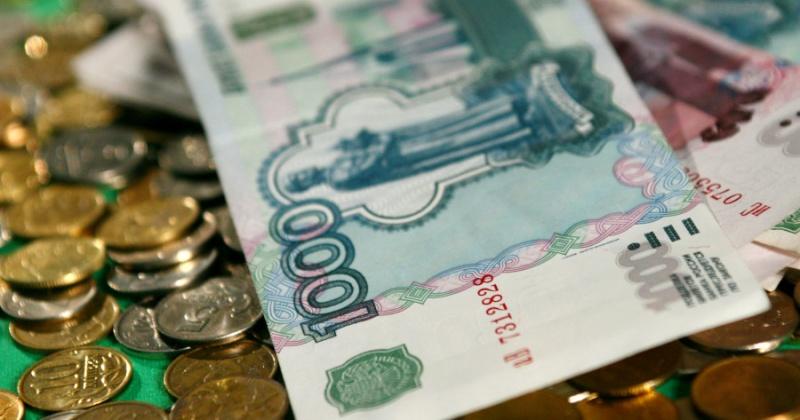 Российские семьи с детьми получат по пять тысяч рублей в апреле, мае и июне
