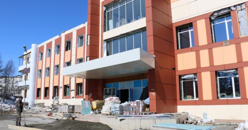 В здании детского технопарка заканчиваются строительные работы, через 2-3 недели начнутся пуско-наладочные.
